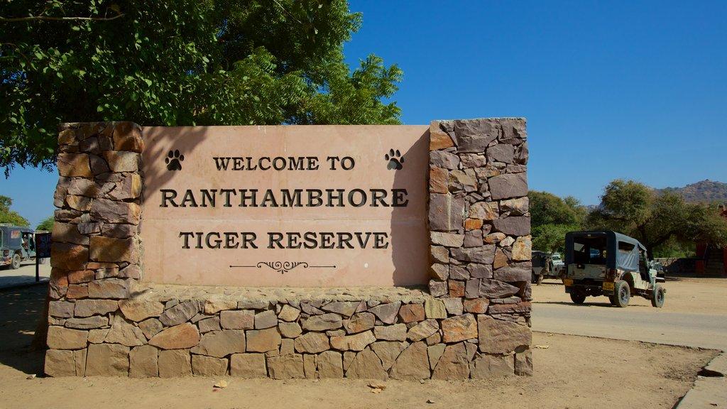 Parque Nacional Ranthambore mostrando señalización