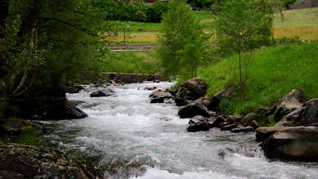 La Cortinada which includes a river or creek