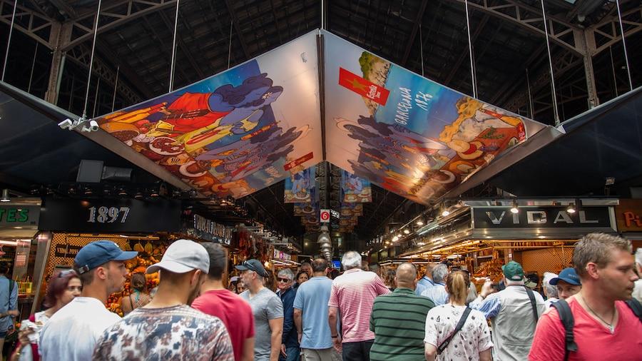 I migliori mercati di Barcellona, una visita tra shopping e street food