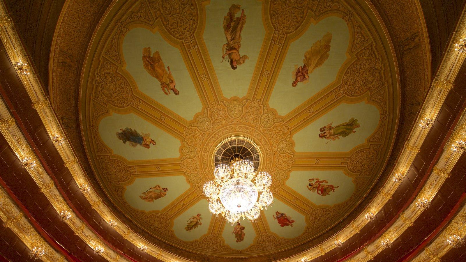 Teatro Bolshoi caracterizando arquitetura de patrimônio e vistas internas