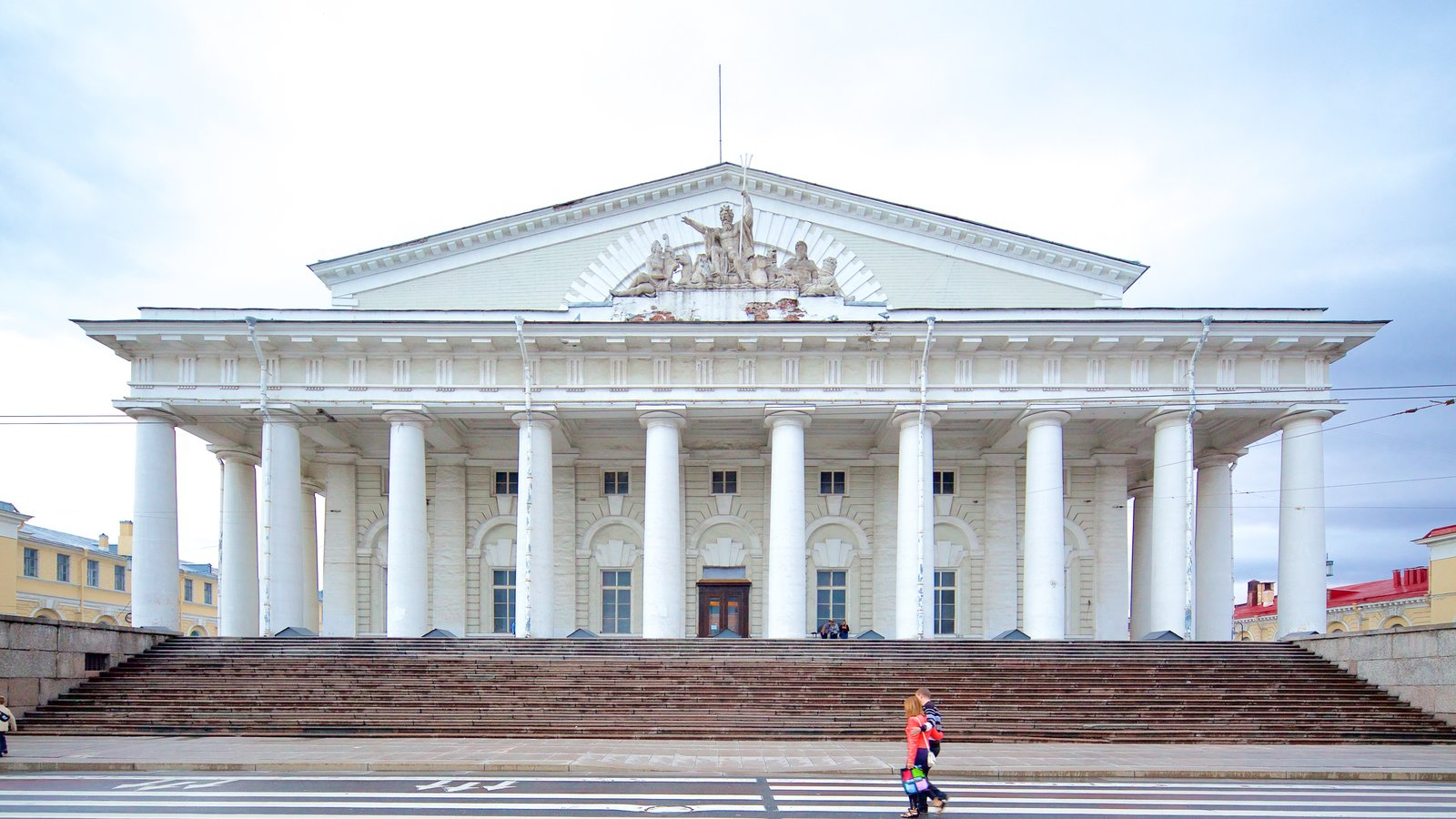 Strelka mostrando arquitetura de patrimônio