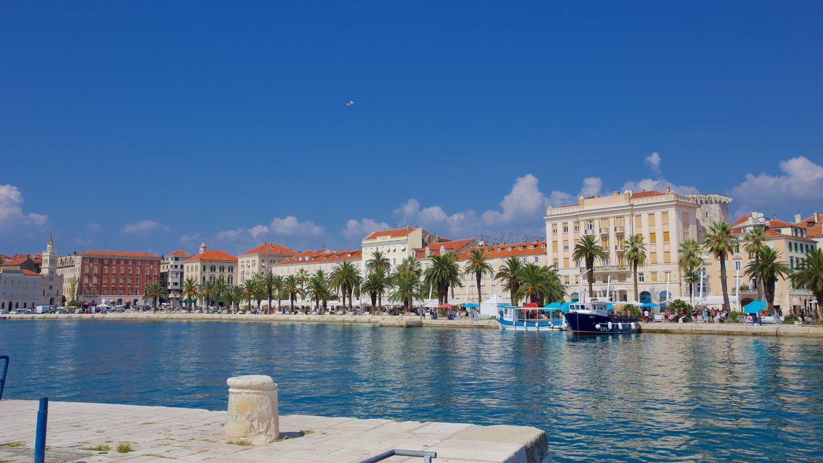 Split Riva featuring general coastal views