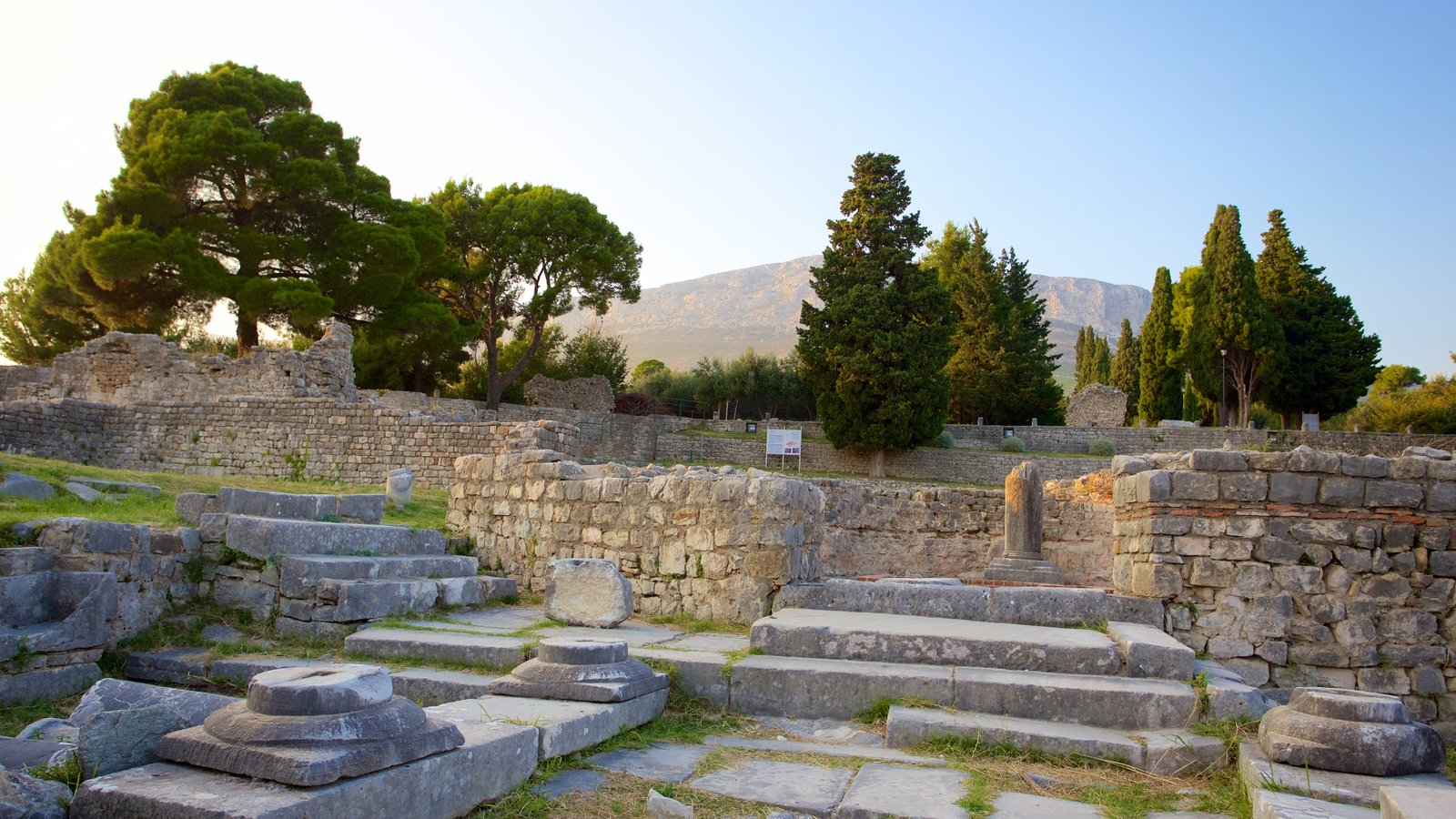 Salona Ruins which includes heritage elements and building ruins