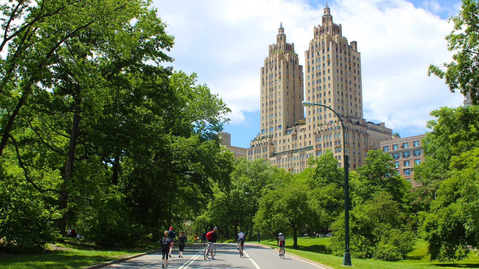 New York showing heritage architecture, cycling and a park