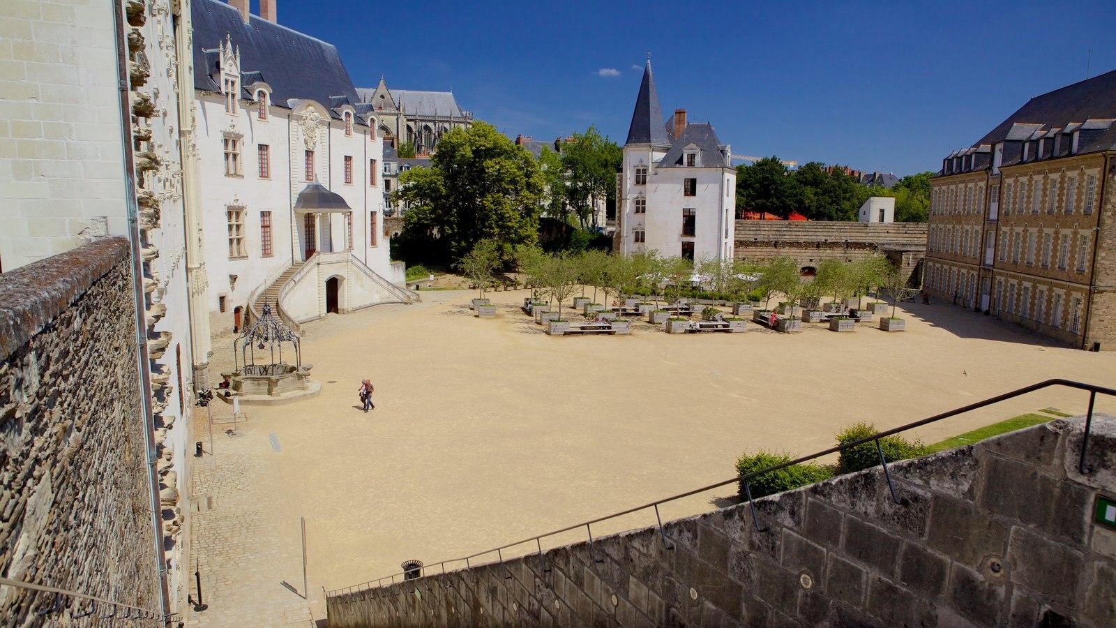 Nantes que inclui elementos de patrimônio