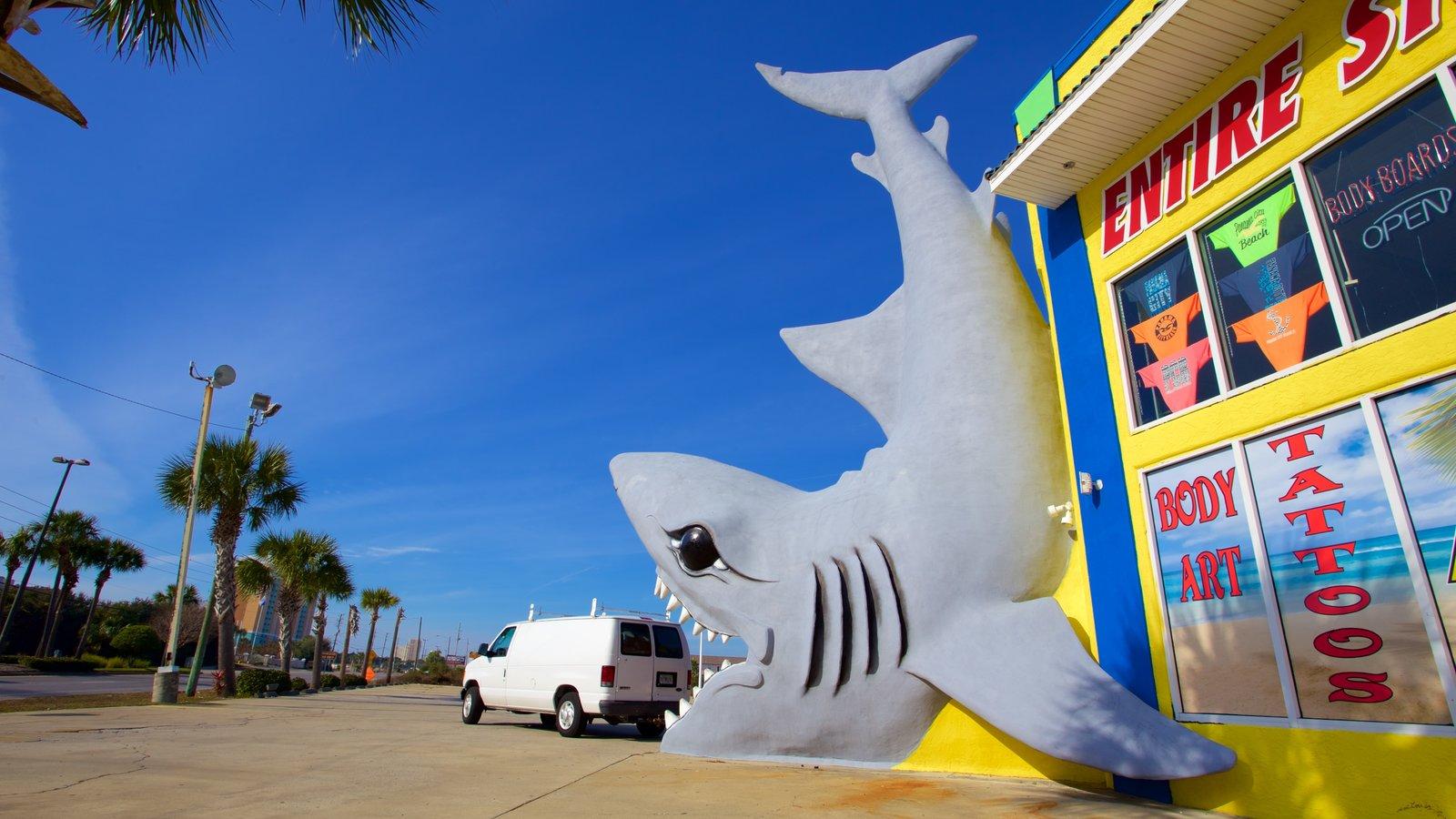 Cidade do Panamá caracterizando uma estátua ou escultura, arte ao ar livre e sinalização
