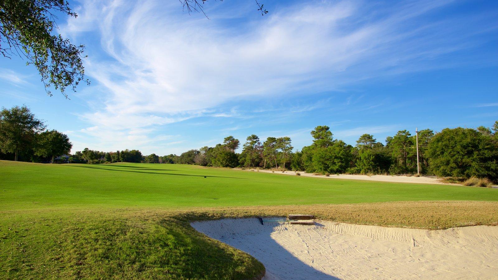 Upper Grand Lagoon caracterizando golfe