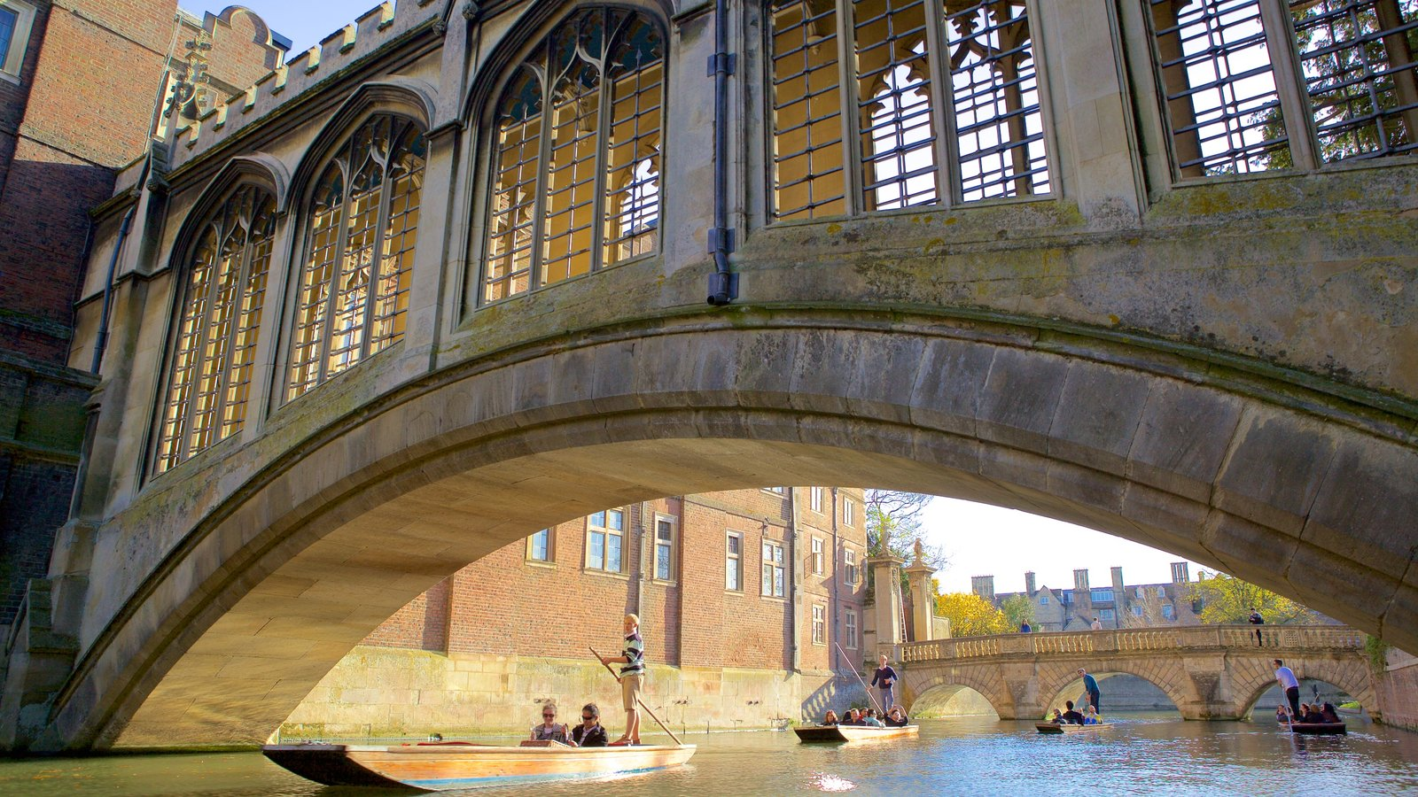 Bridge of Sighs featuring kayaking or canoeing, a bridge and heritage elements