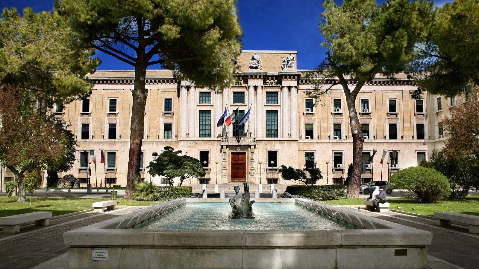 Pescara que inclui elementos de patrimônio e uma fonte