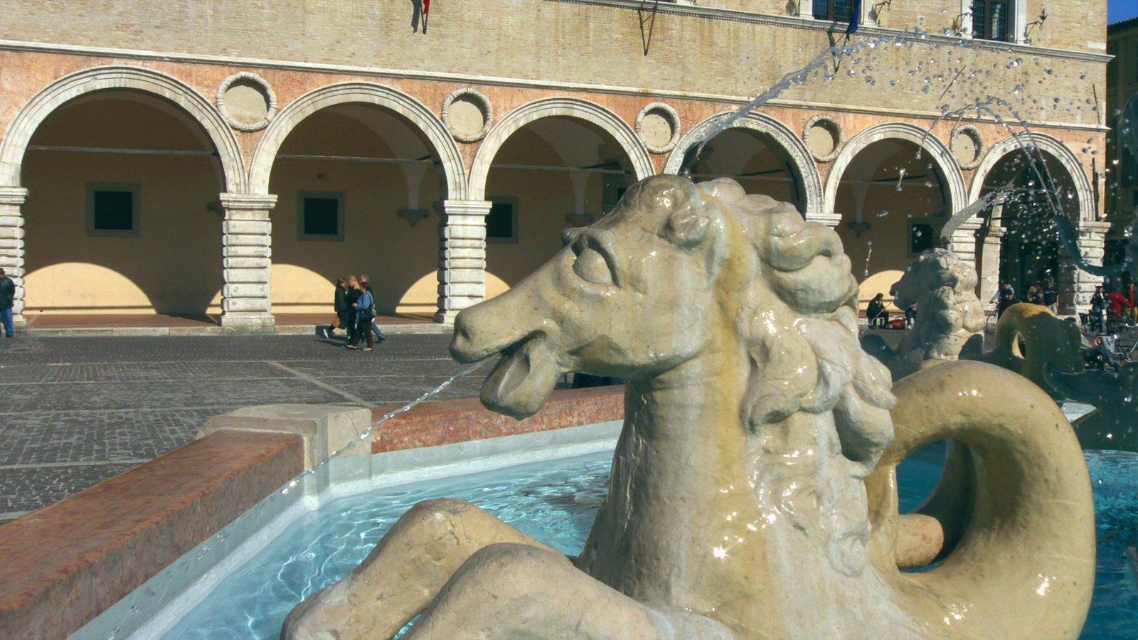 Pesaro featuring a fountain