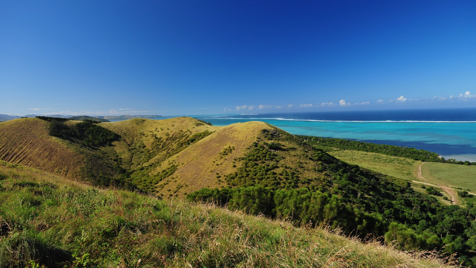 Landscape pictures view images of new caledonia for The caledonia