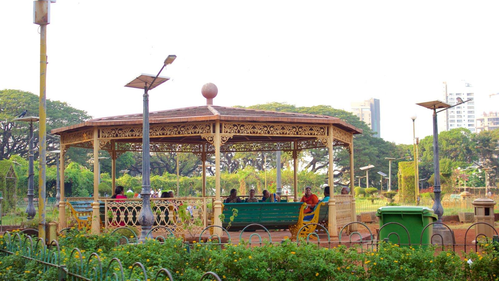Kamala Nehru Park Mumbai boot house
