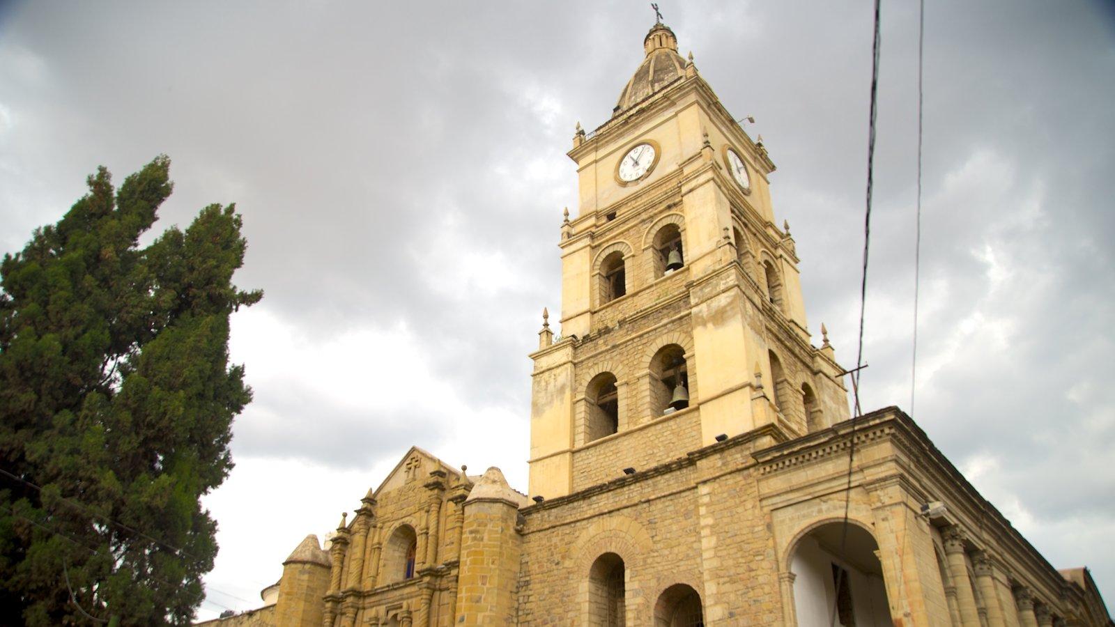 Yungas Bolivianas caracterizando arquitetura de patrimônio