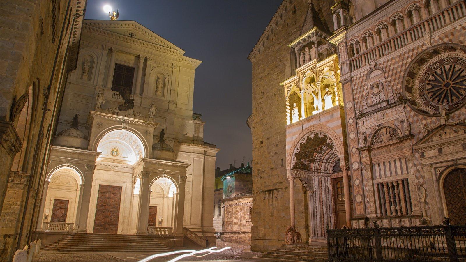 Bérgamo caracterizando cenas noturnas e arquitetura de patrimônio