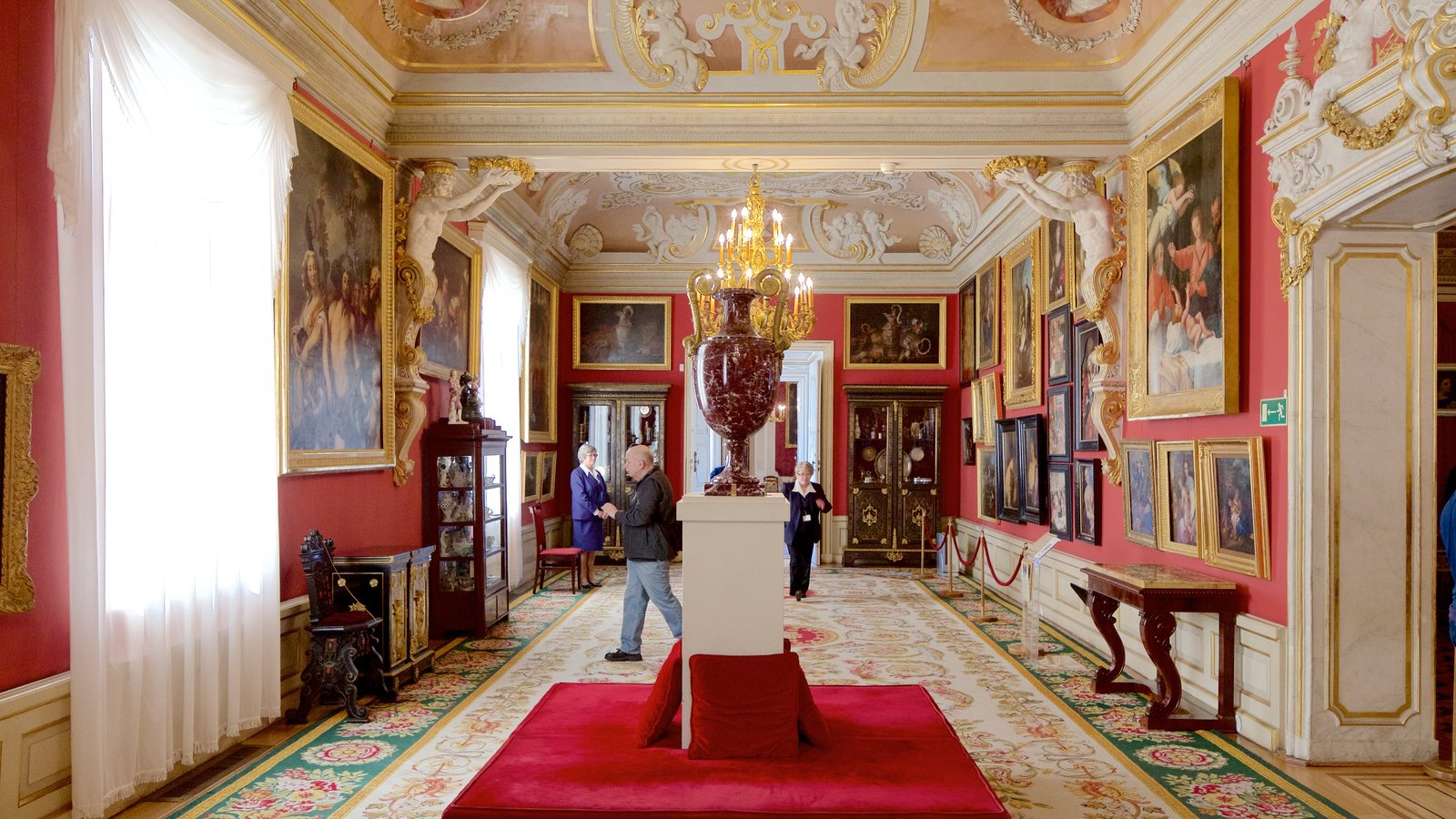 Wilanow Palace featuring heritage elements, art and interior views