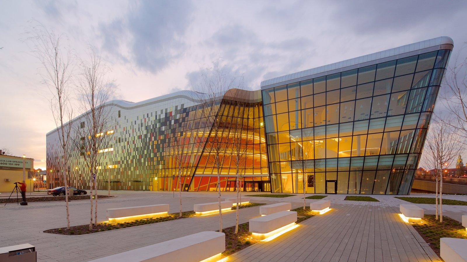 Cracovia que incluye arquitectura moderna