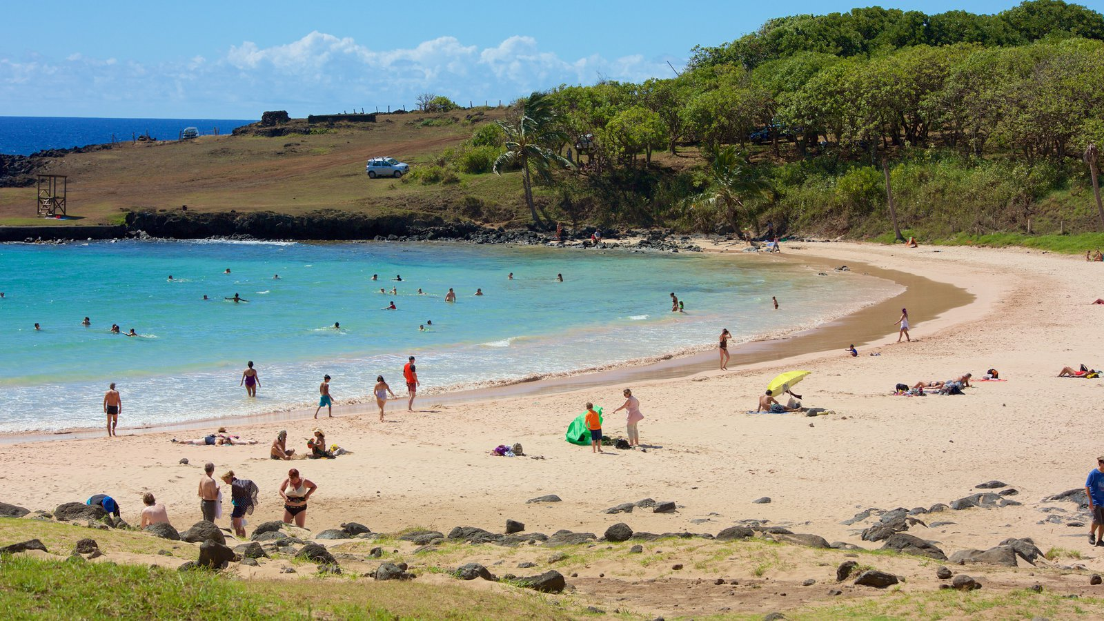 Playa Anakena que incluye una playa