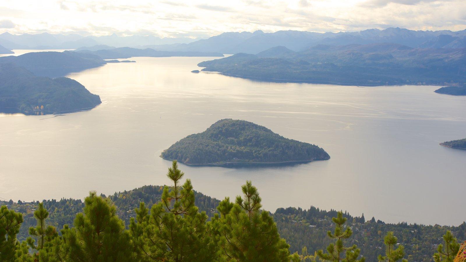 Cerro Otto caracterizando um lago ou charco, cenas tranquilas e paisagem
