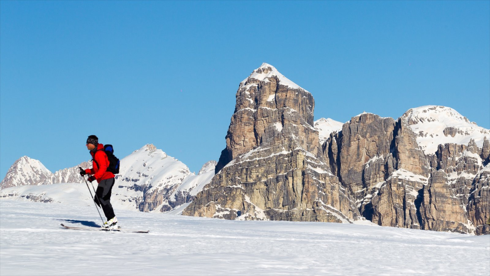 Alta Badia featuring snow skiing and snow