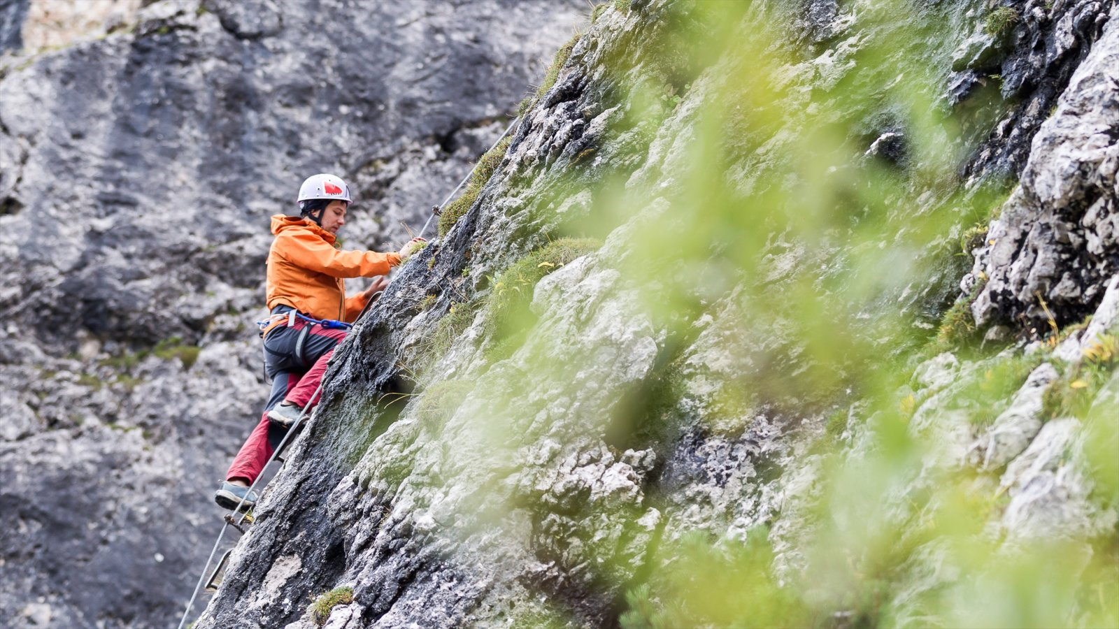 Alta Badia showing climbing as well as an individual femail