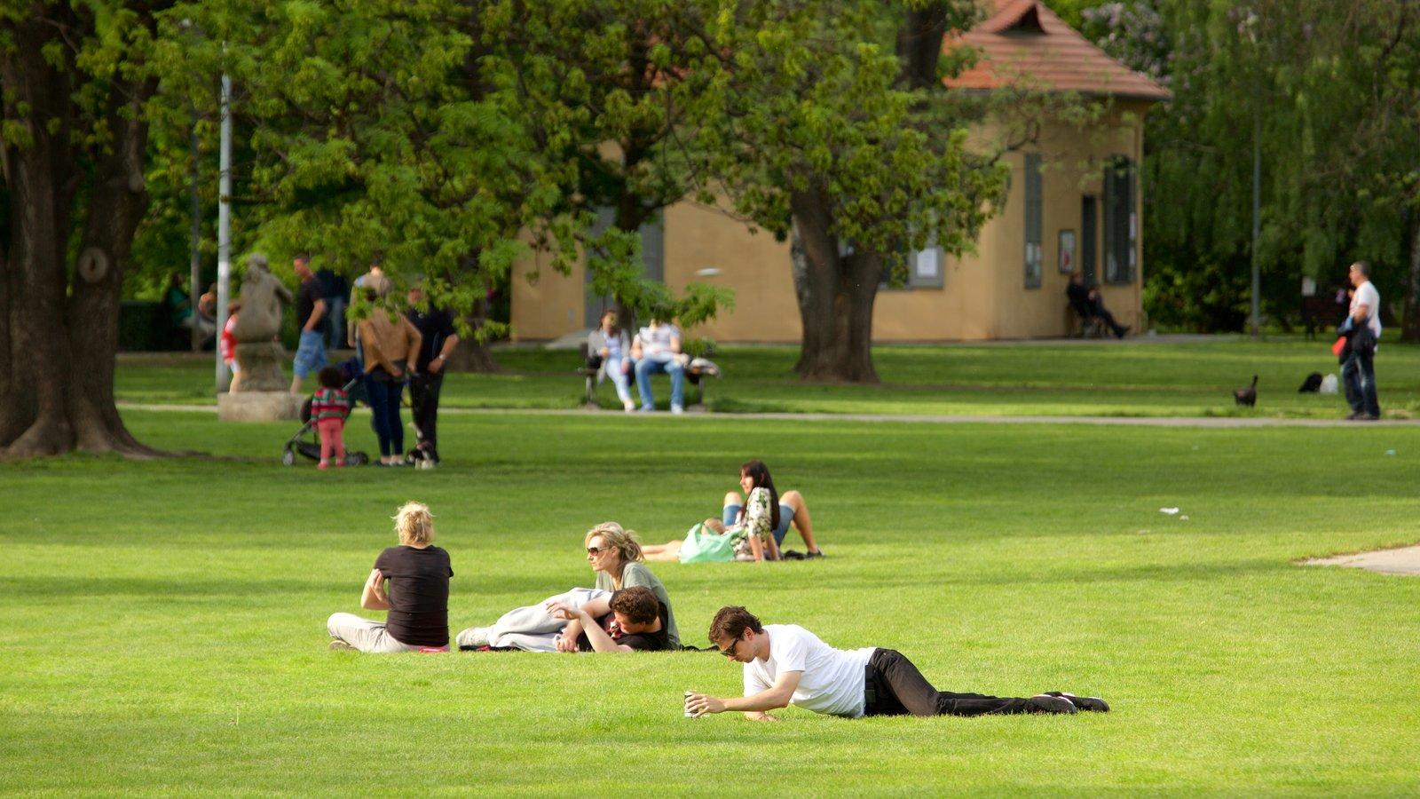 La calidad de vida y los parques parques alegres i a p for Parques con jardines