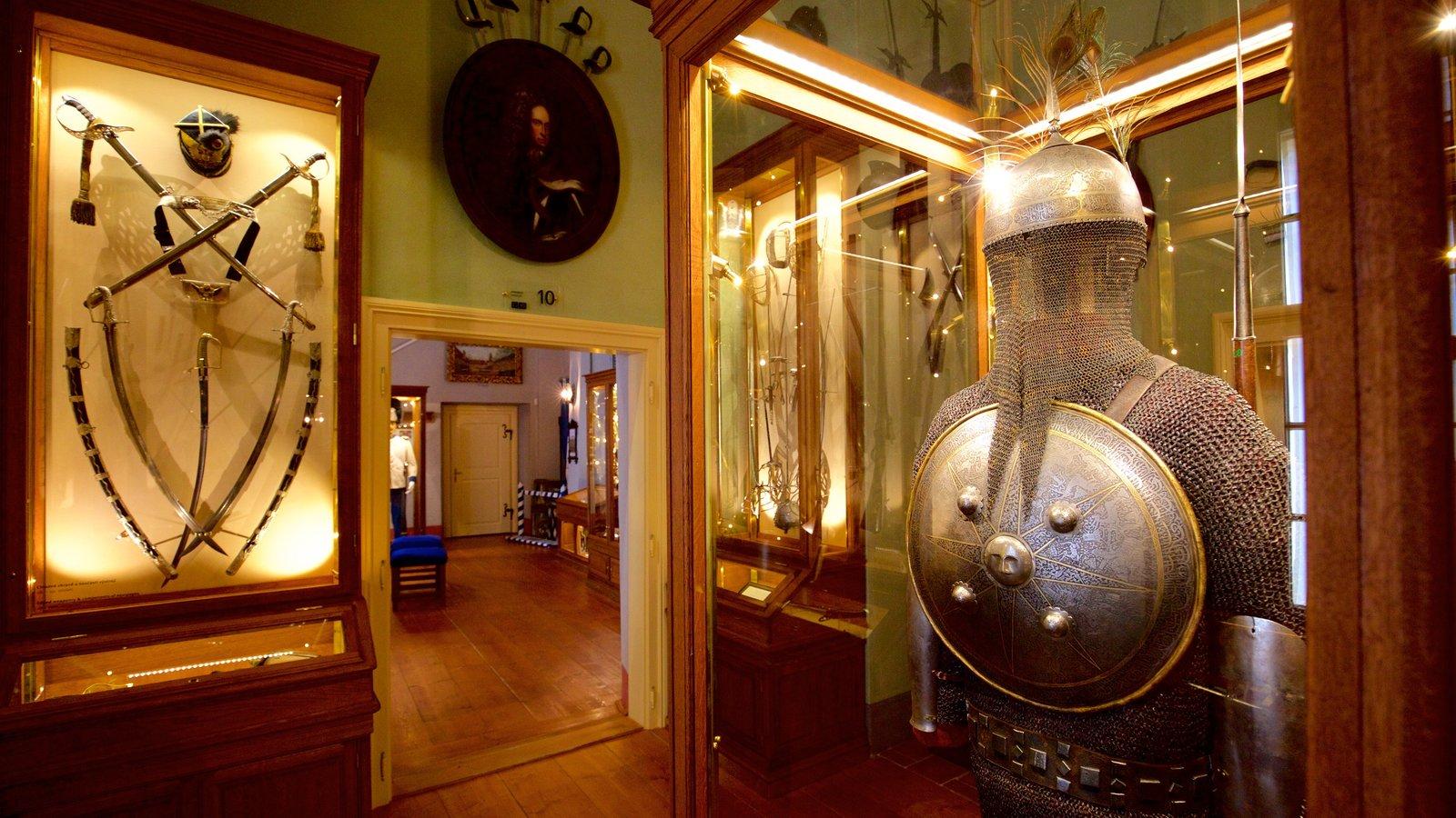 cesky krumlov castle pictures: view photos & images of cesky