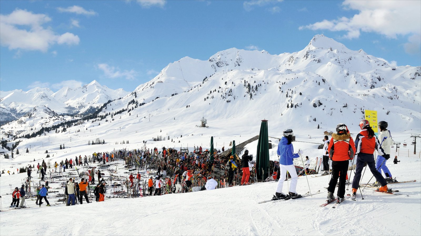 Obertauern showing snow skiing, mountains and snow