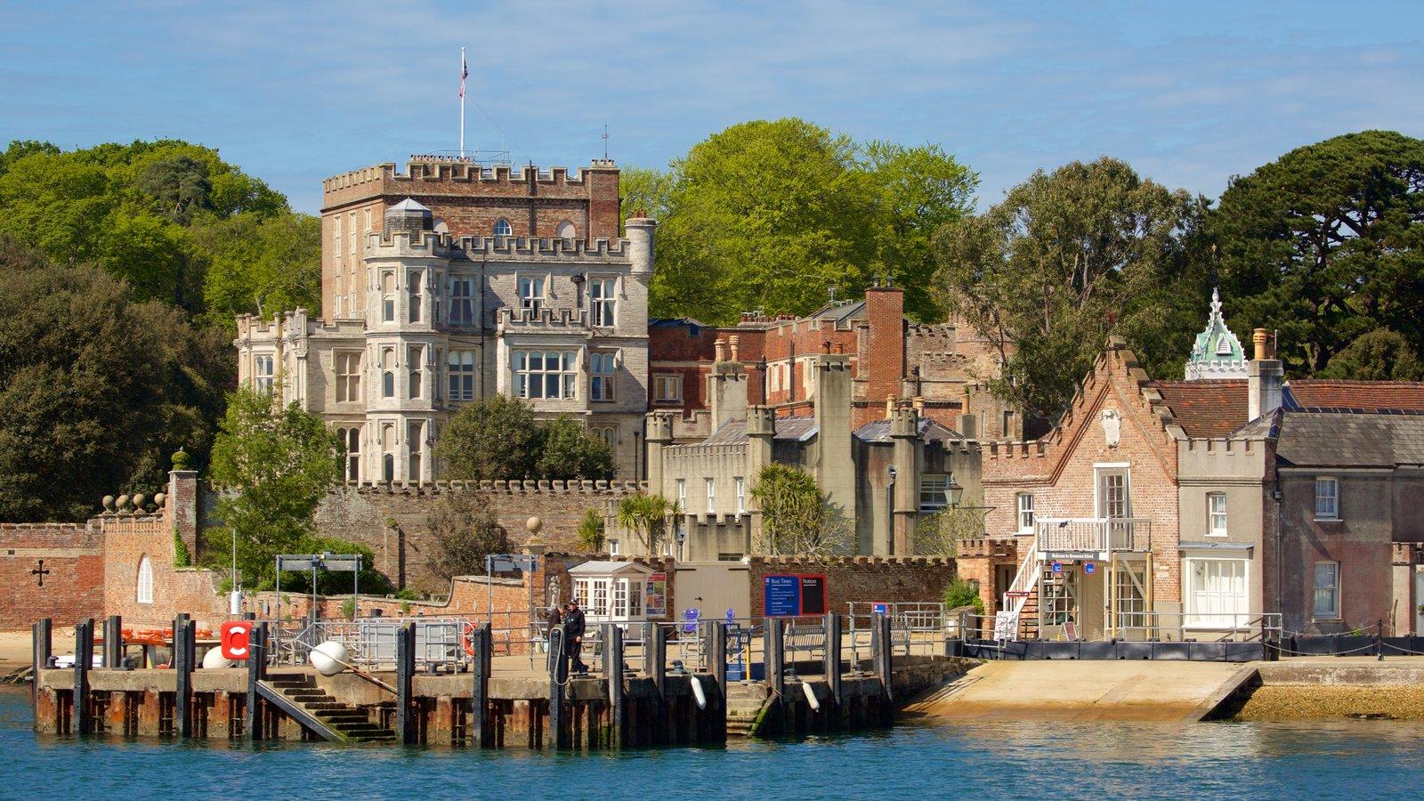 Brownsea Castle mostrando arquitetura de patrimônio