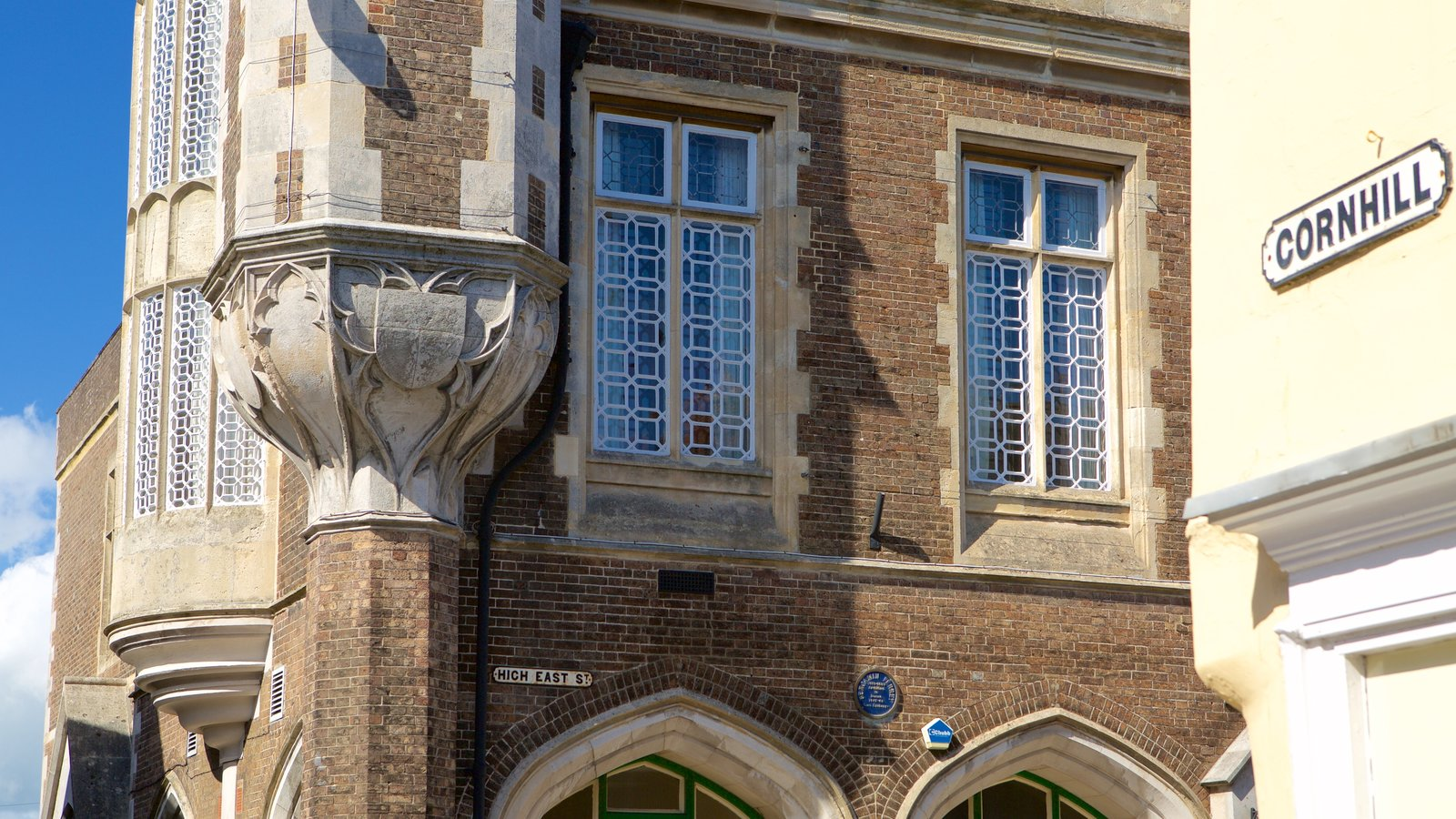 Dorchester showing heritage architecture