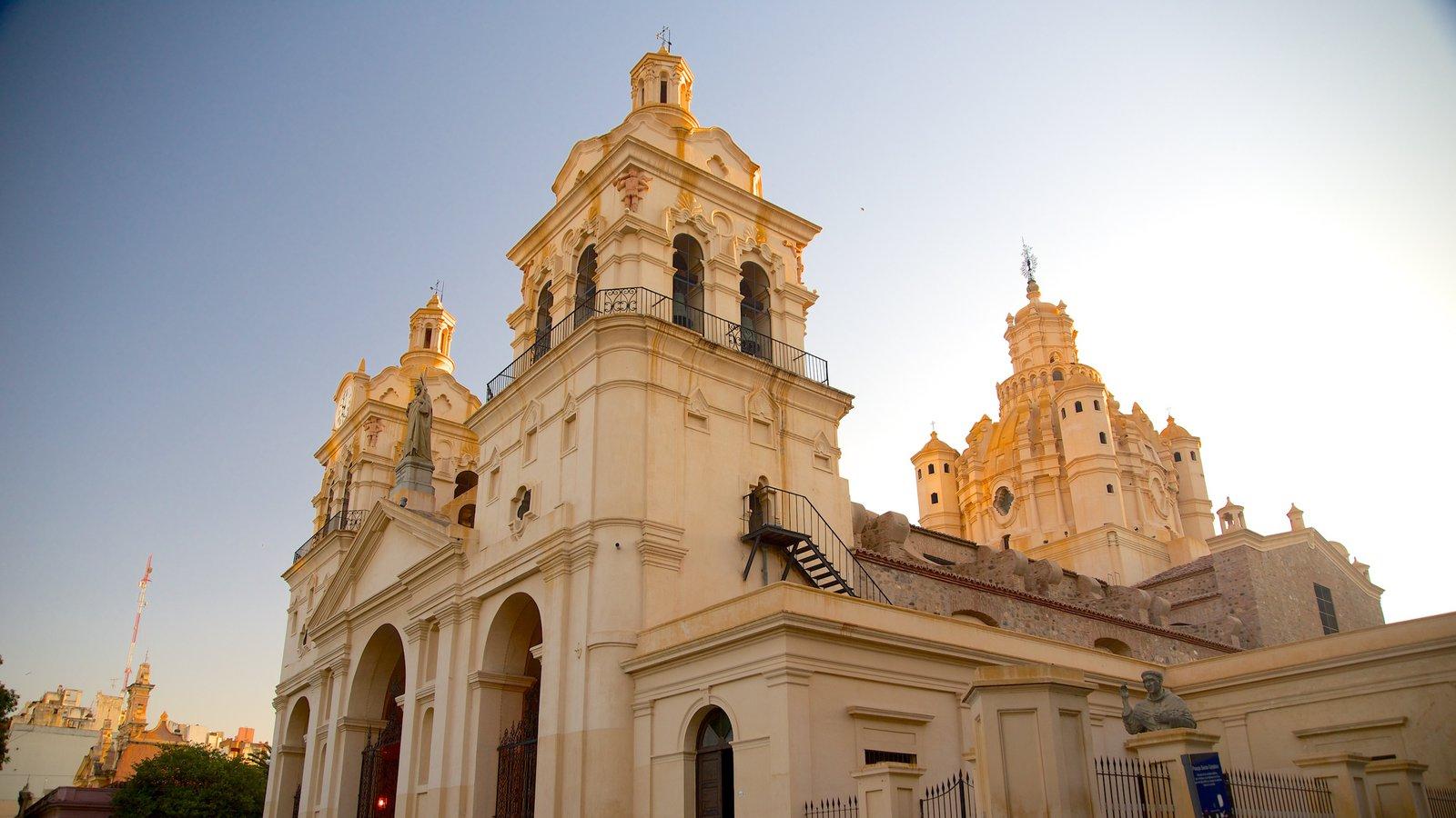 Catedral de Cordoba que inclui arquitetura de patrimônio