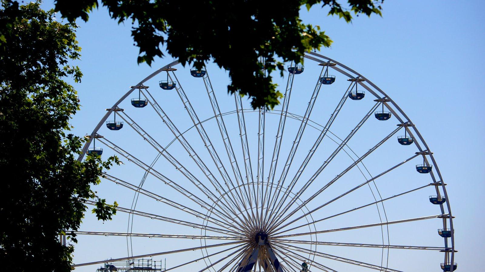 Bordeaux showing rides