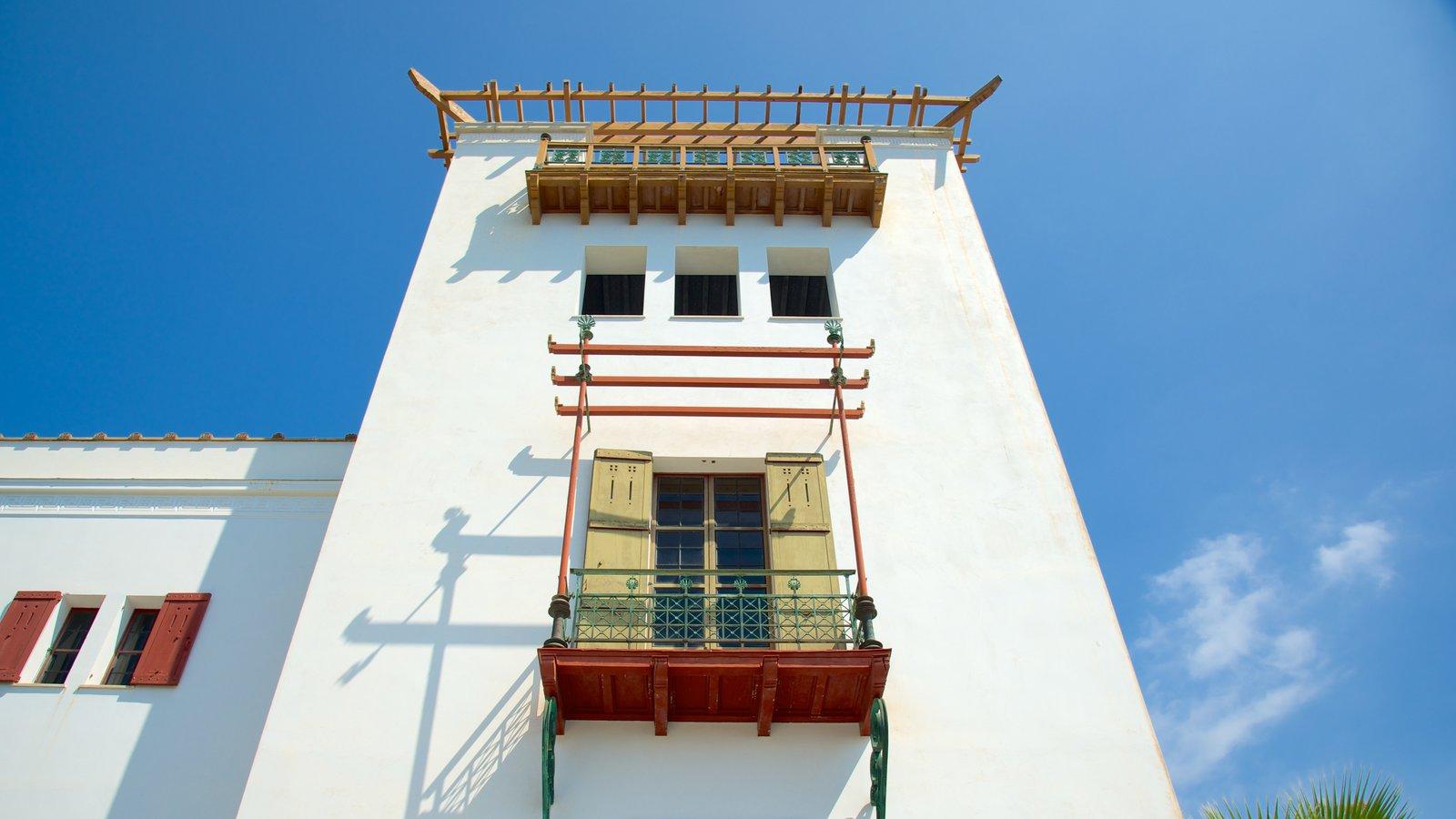 Villa Kerylos que inclui elementos de patrimônio