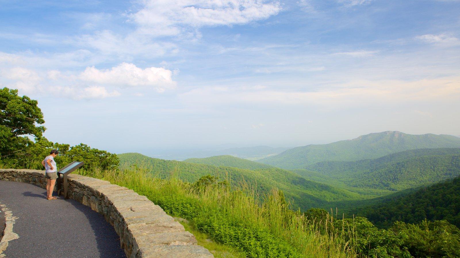 Parque Nacional Shenandoah ofreciendo montañas, escenas tranquilas y vistas