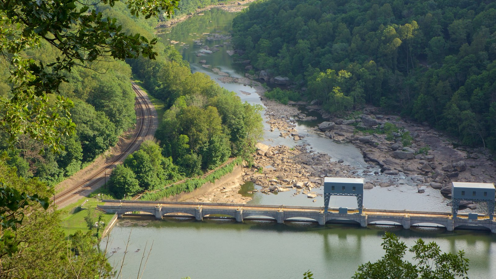 Hawks Nest State Park showing a river or creek, railway items and tranquil scenes