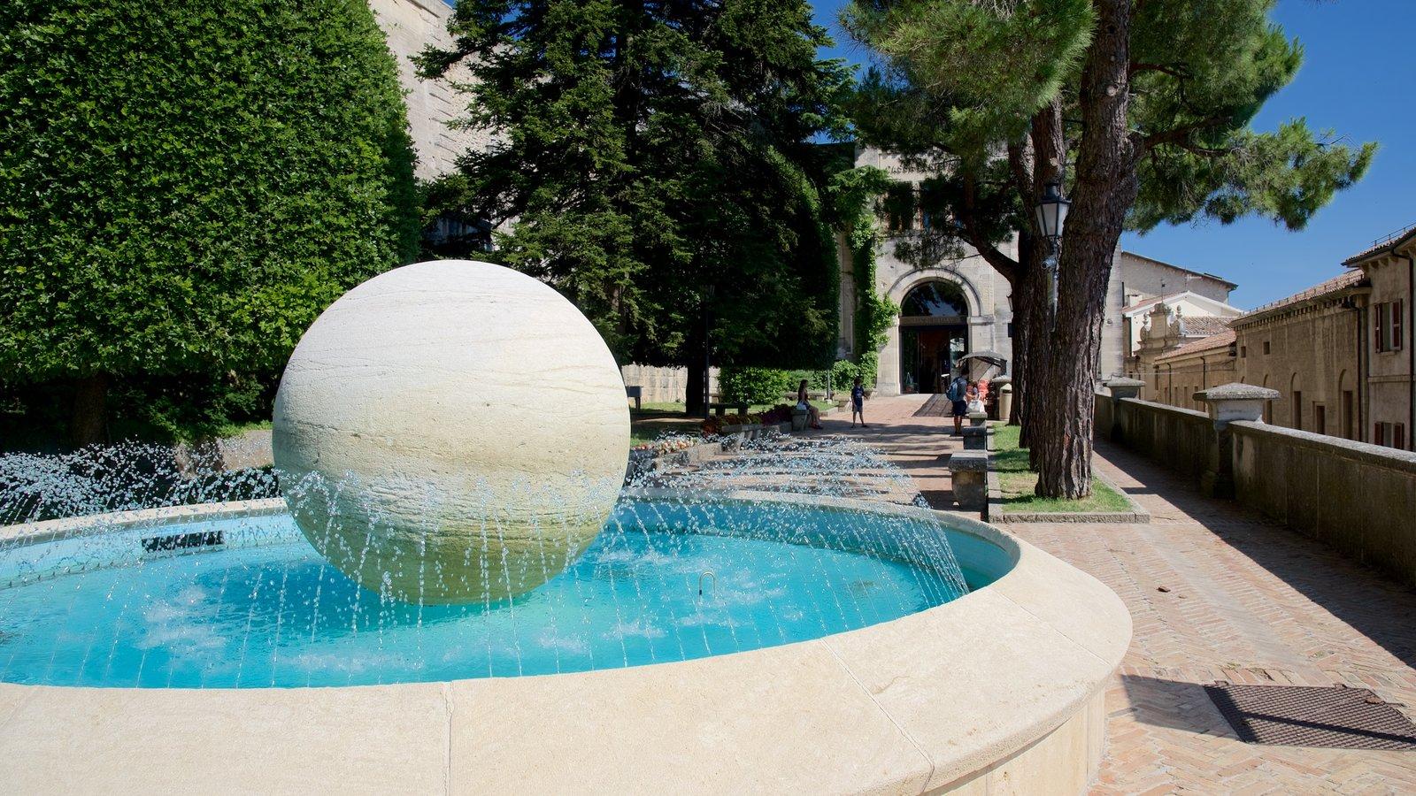 San Marino que inclui uma fonte