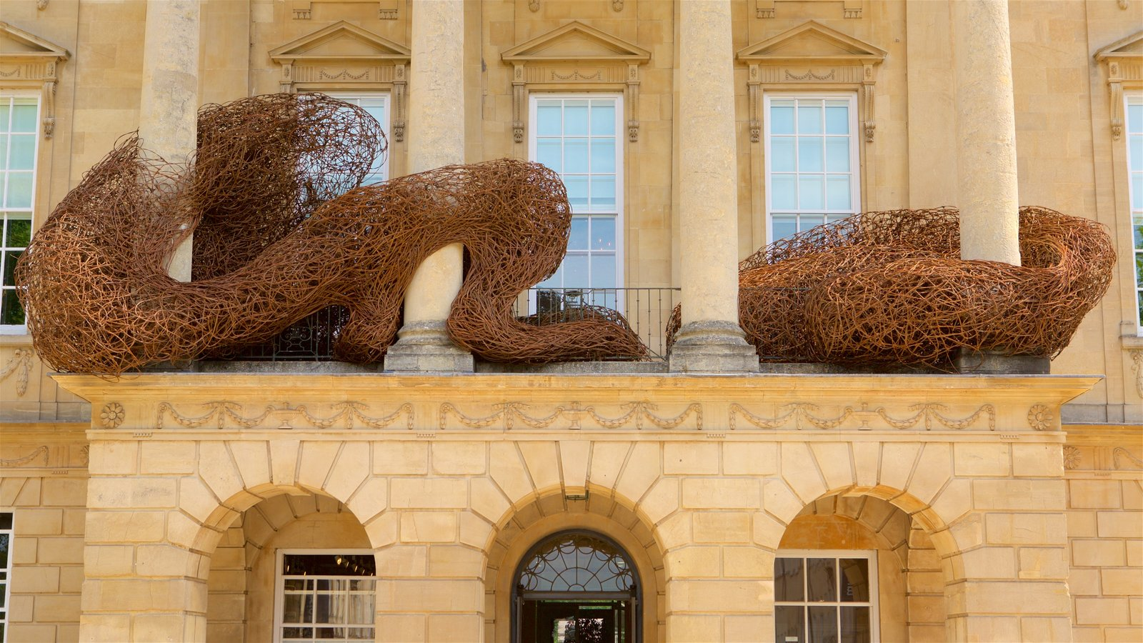 The Holburne Museum featuring heritage architecture
