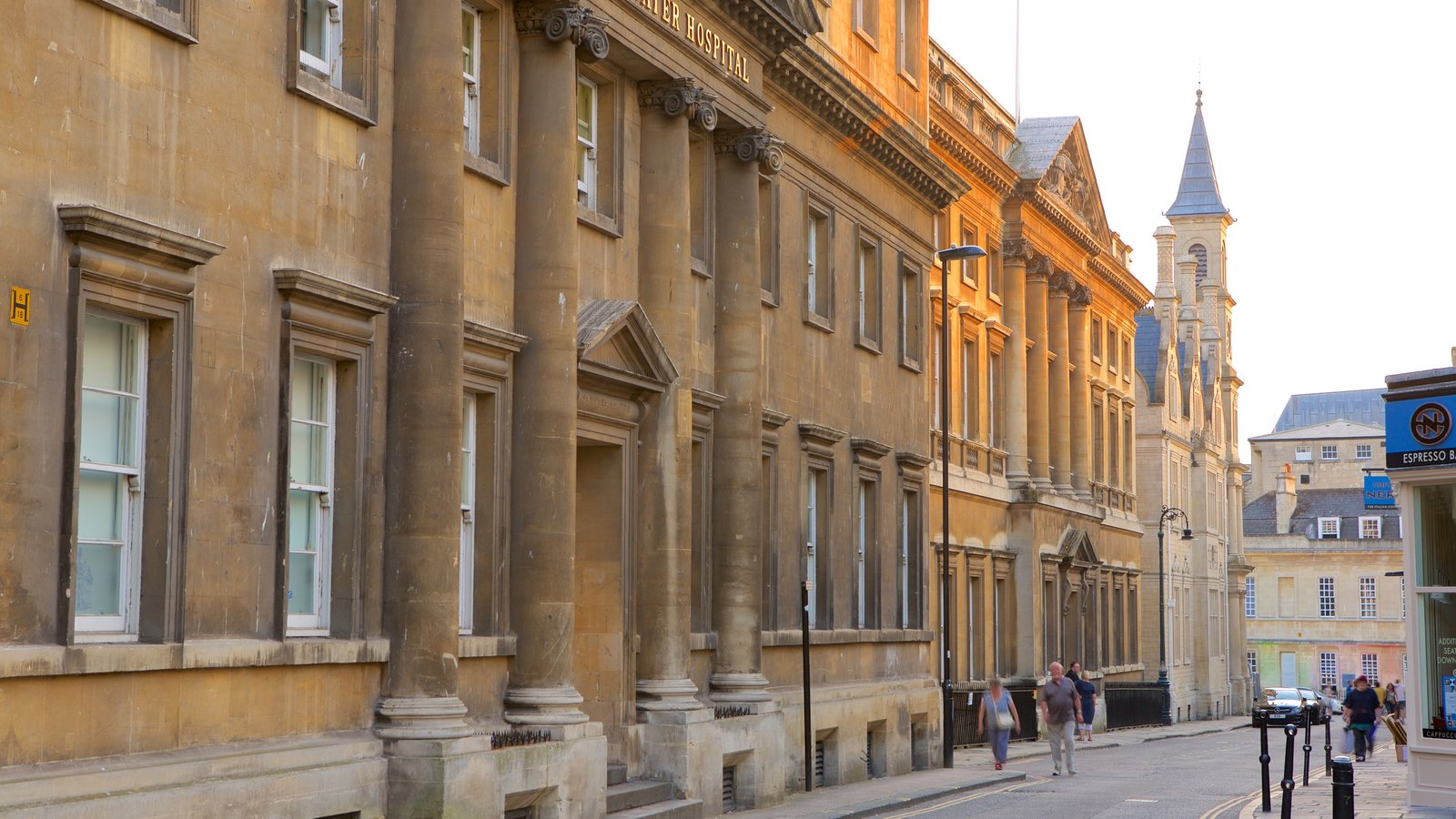 Bath showing heritage architecture, an administrative buidling and a city