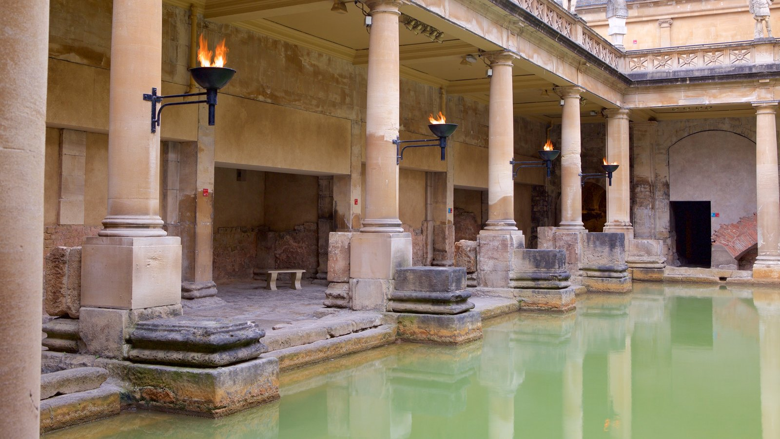 Historic Buildings Pictures: View Images of Bath