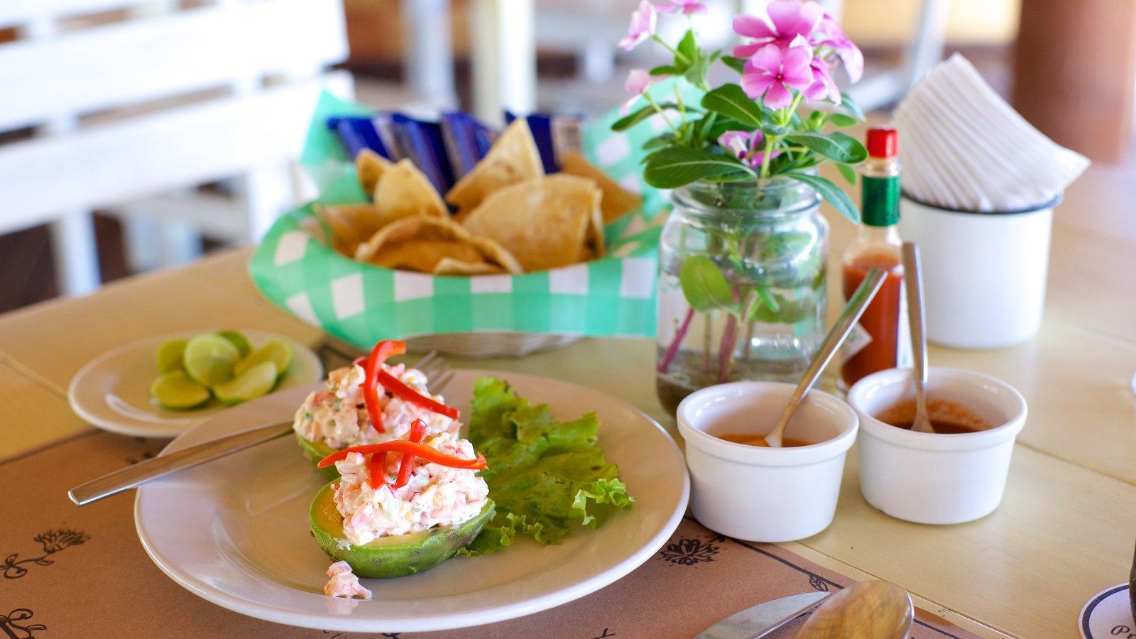 Puerto Escondido mostrando comida