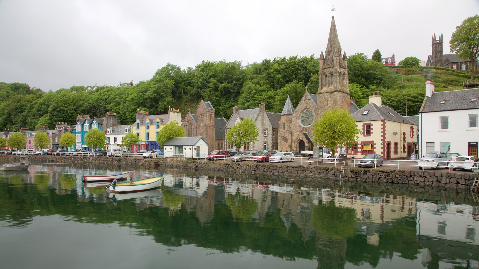 Isle of Mull which includes a bay or harbor, a coastal town and a church or cathedral