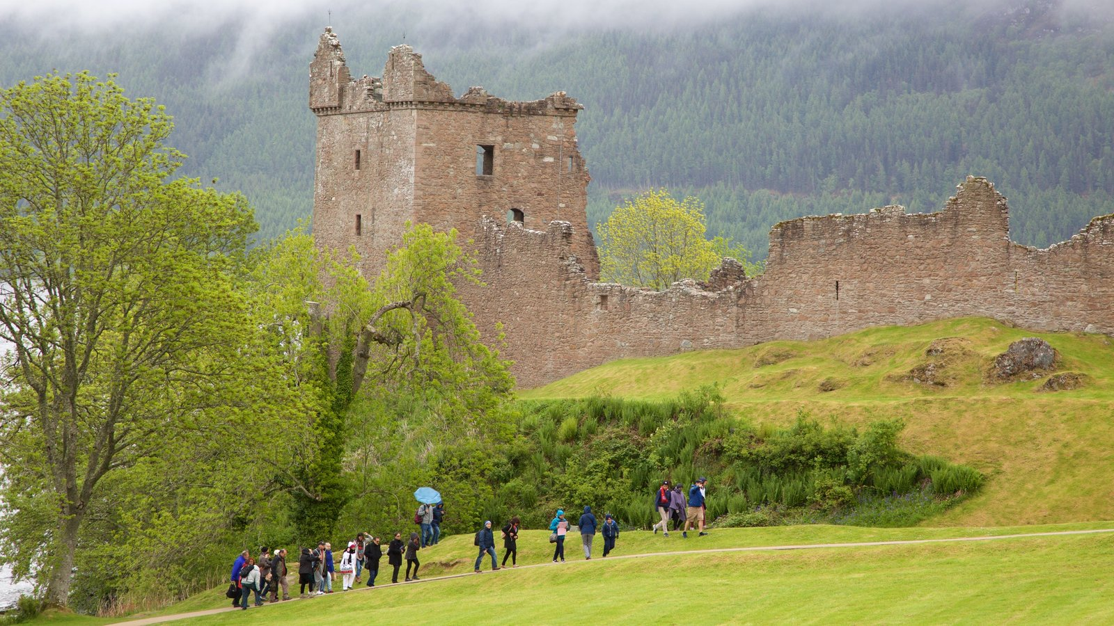 Urquhart Castle which includes chateau or palace, building ruins and heritage elements