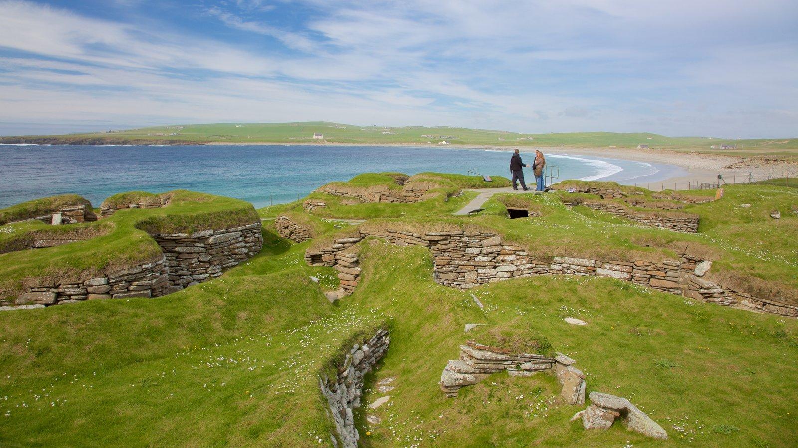 Skara Brae showing general coastal views, tranquil scenes and heritage elements