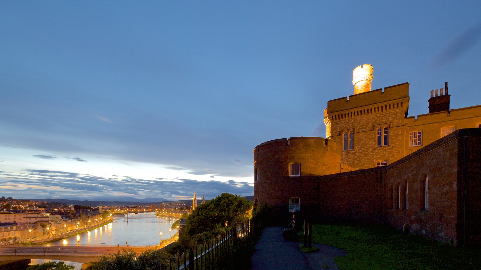 Inverness Castle showing heritage architecture, night scenes and heritage elements