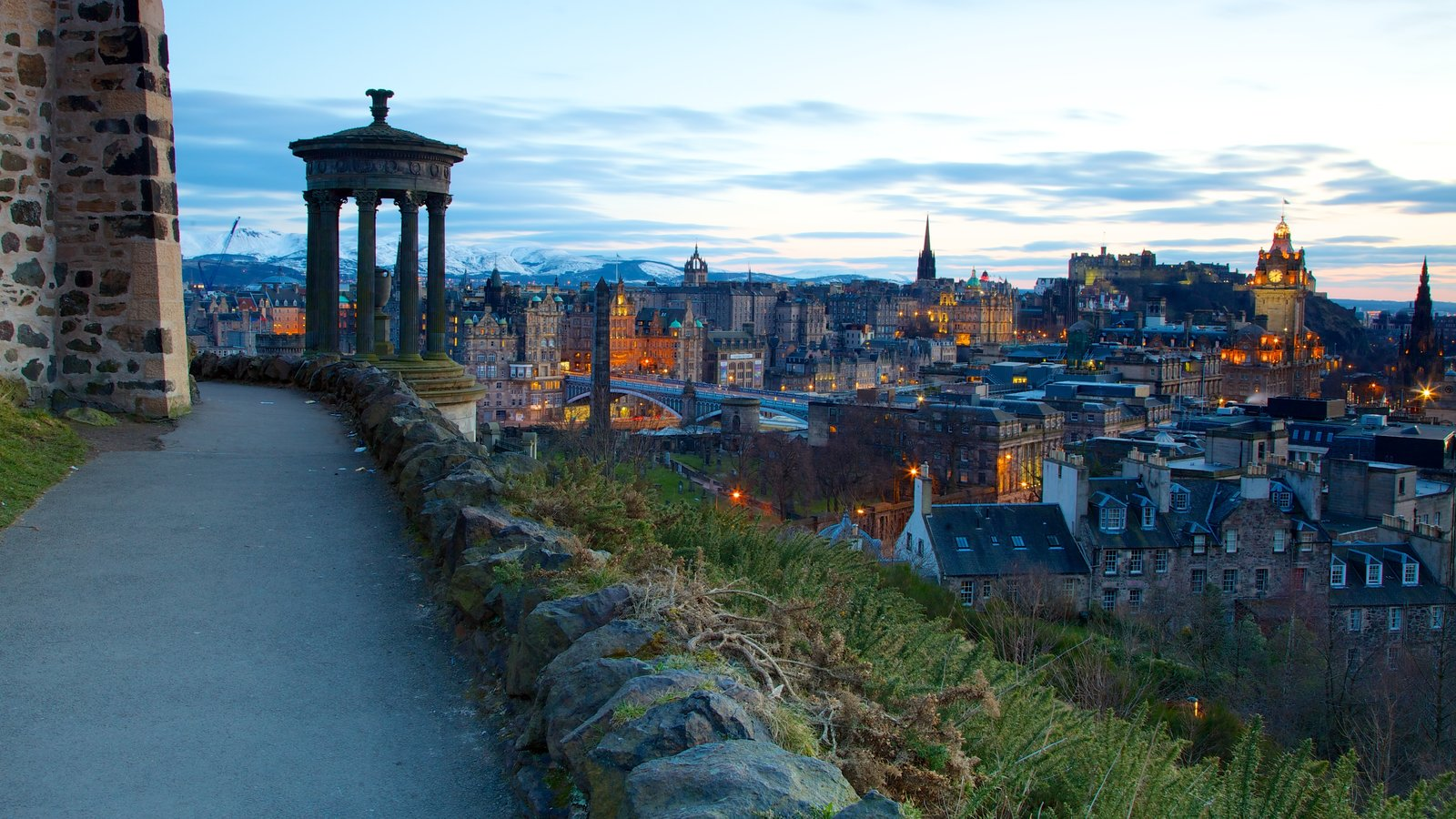 Calton Hill featuring a city and a monument