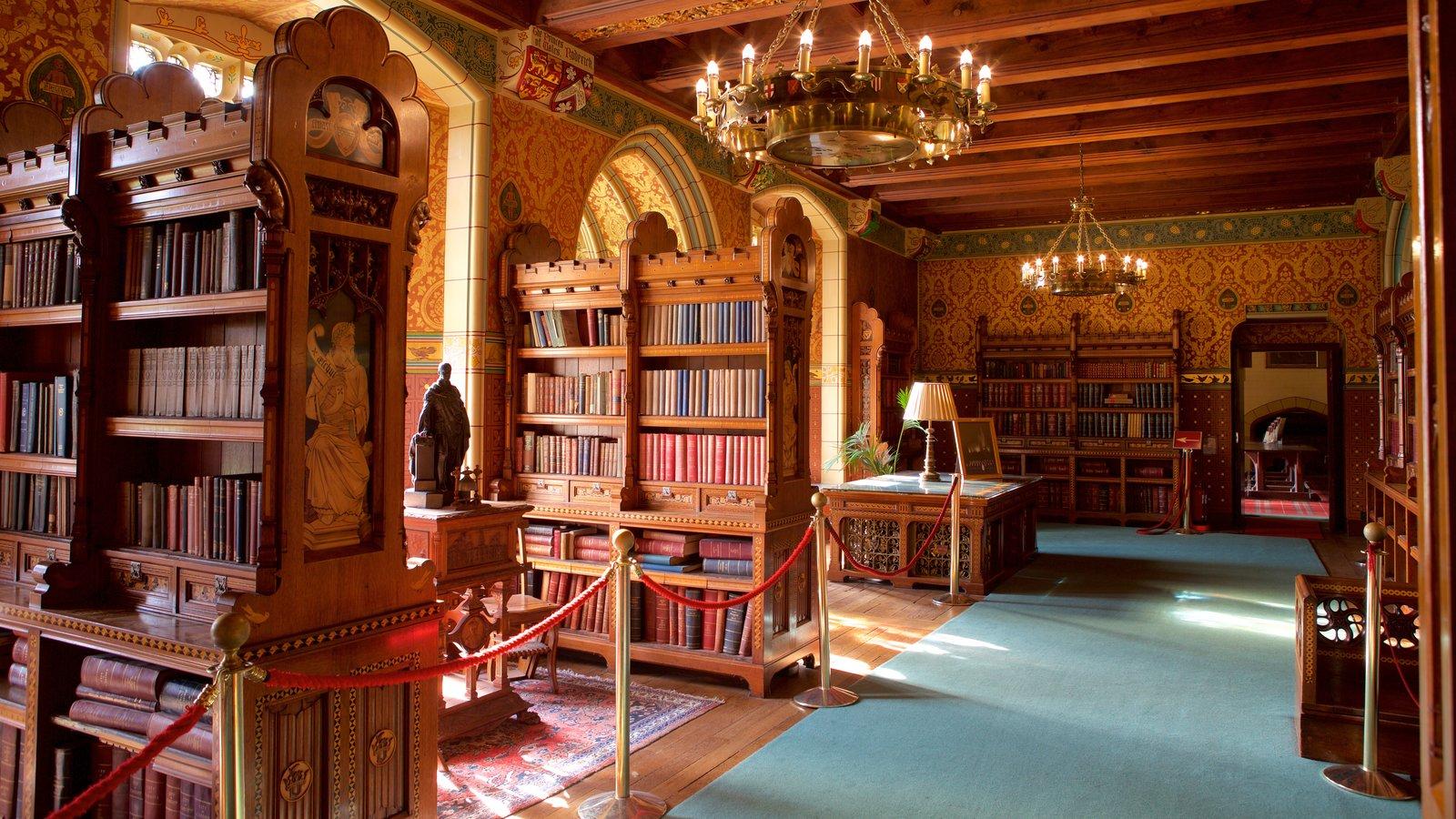 Castelo de Cardiff caracterizando arquitetura de patrimônio, elementos de patrimônio e um castelo