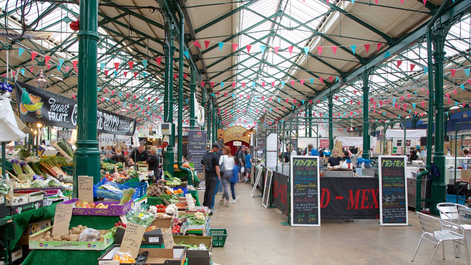 St. George\'s Market featuring markets, signage and a square or plaza