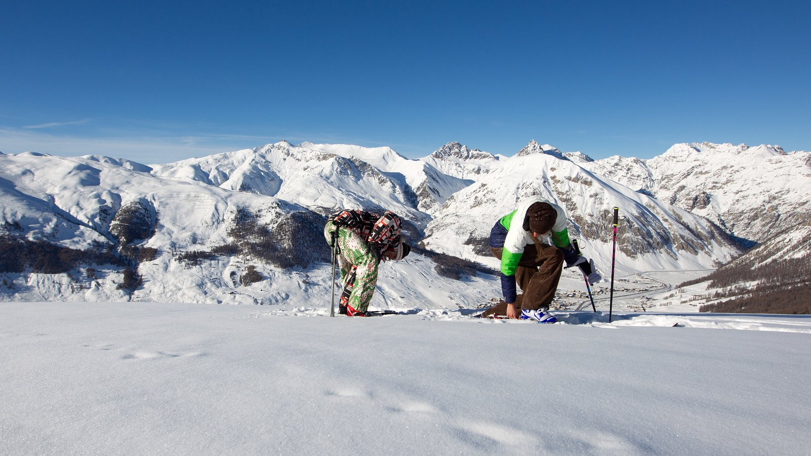 Livigno Ski Area which includes tranquil scenes, landscape views and snow