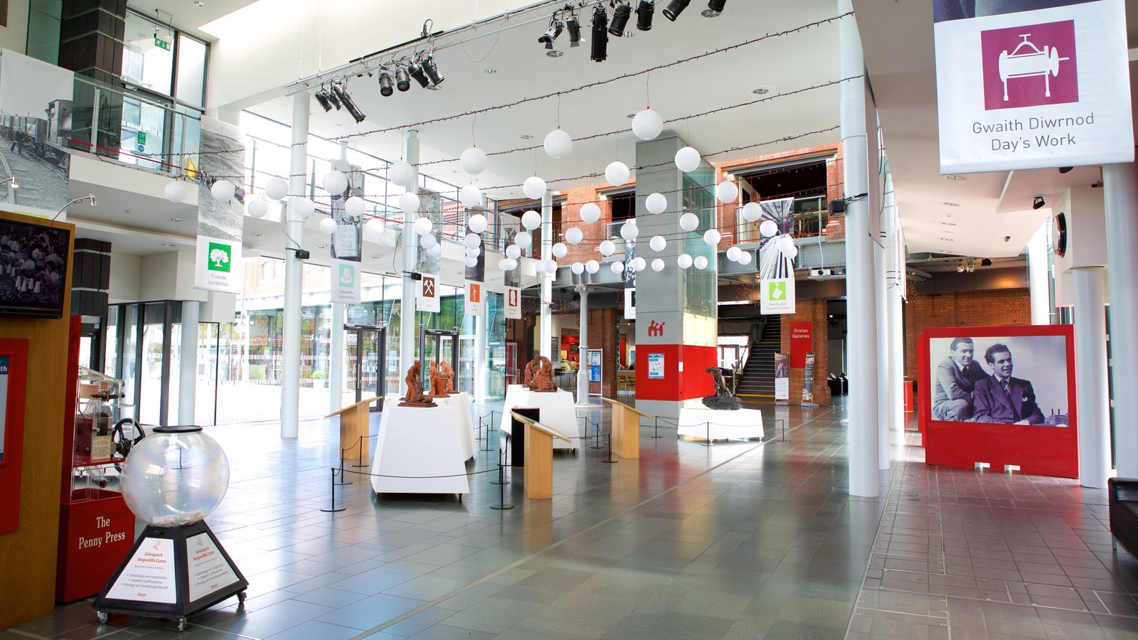 National Waterfront Museum which includes shopping and interior views
