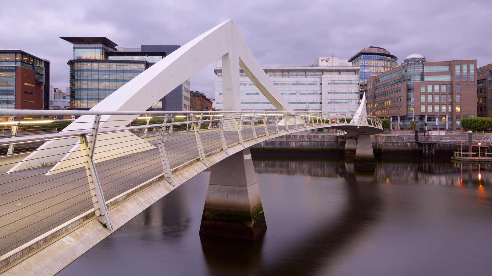 Glasgow showing a river or creek, a bridge and a city