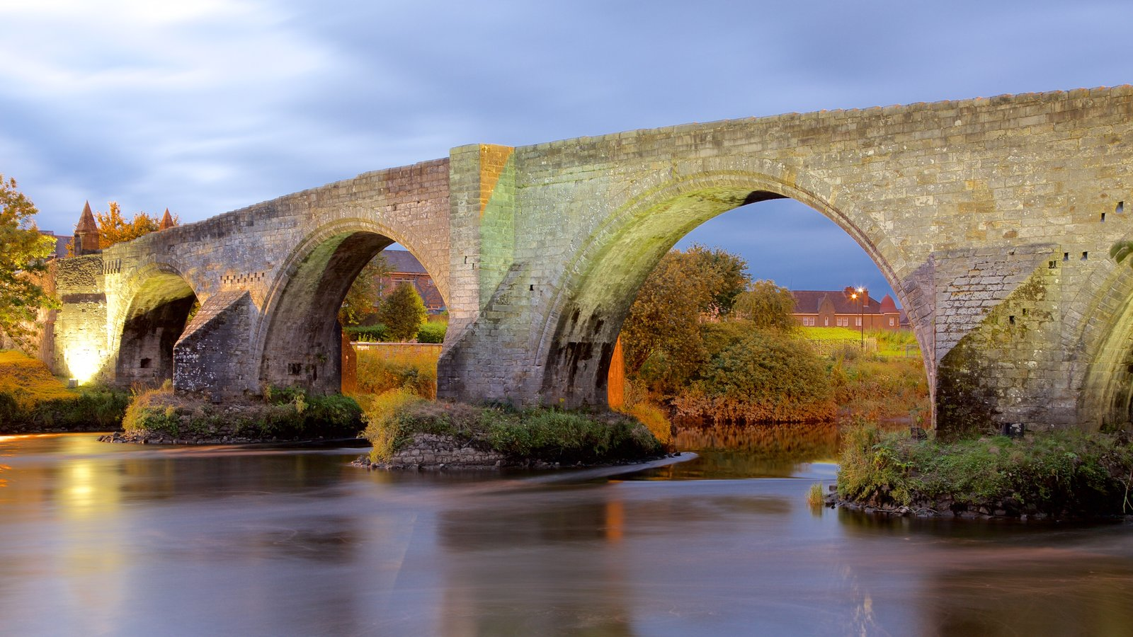 Stirling showing a river or creek, a bridge and heritage elements
